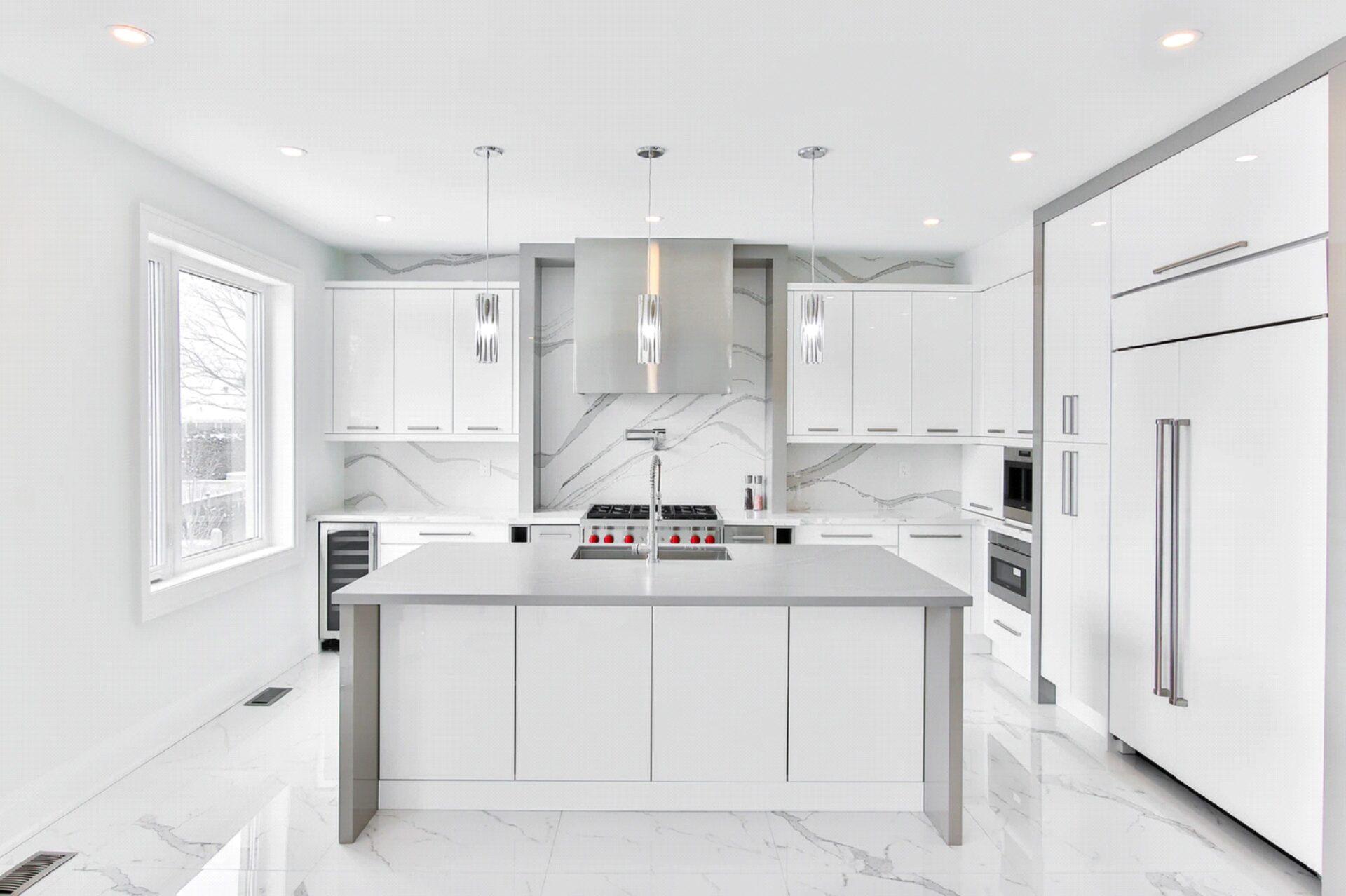 Glossy White Kitchens